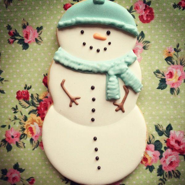 La Cocina de Carolina: Galletas de Navidad fáciles (I): cómo hacer un muñeco de nieve sin cortador