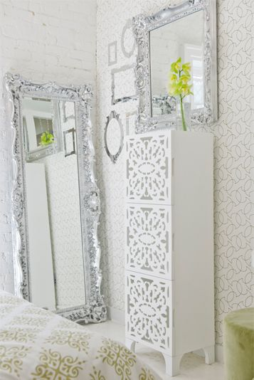 gorgeous lace cut towerLace Cut, Cabinet Doors, Cut Towers, Painted Cabinets, Gorgeous Lace, Casual Display, Bedrooms Ideas, Painting Cabinets, Cabinets Doors
