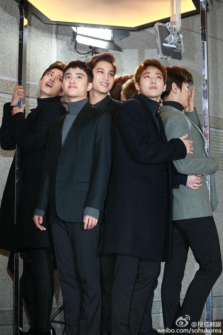 2015 SBS Gayo Daejun 151227 : Red Carpet - EXO ft. Chanyeol, D.O., Kai, Suho, and Baekhyun