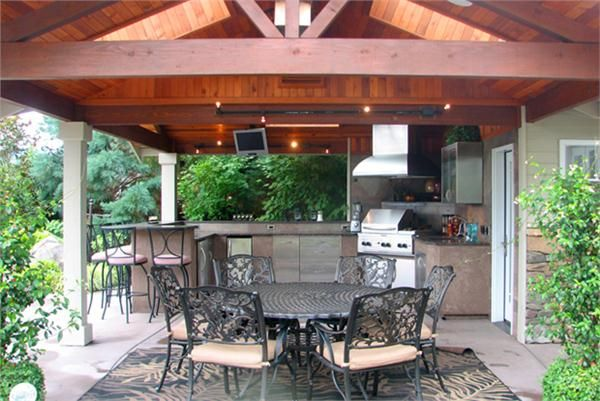 Transitional (Eclectic) Outdoor Kitchen by Darwin Webb