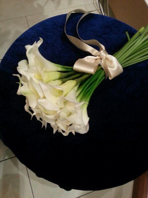 【ブーケ画像まとめ】ホテル挙式にオススメの白~白グリーンブーケ 10点 |City Wedding 大阪 梅田、京都、神戸 ブライダルヘアメイク出張 ☆ヘアメイクアーティストモリの美女採集