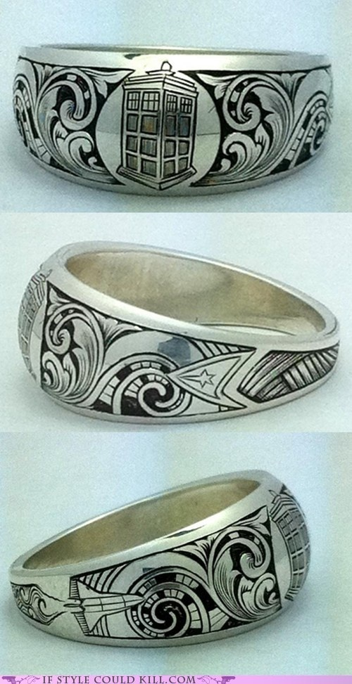 I must own this ring!  Dr Who, Star Trek, and the Space Shuttle - geek heaven!