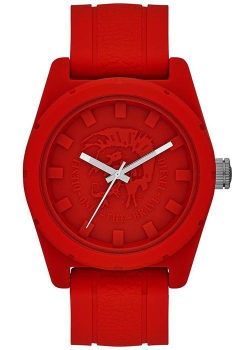 İddaalı görünmek isteyenler bu saat modeline bir bakmalı.