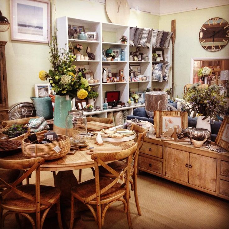 #thrminerscouch #interiors #style #rustic #boho #home #beautiful #comfort #shopping #moonta