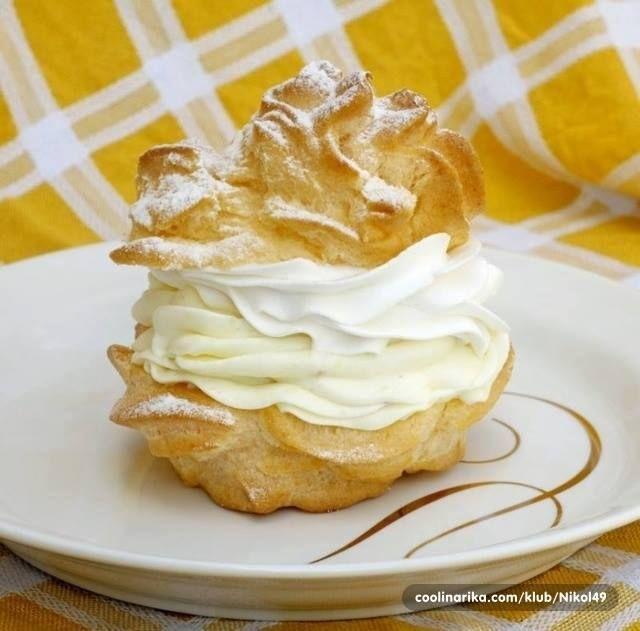Sastojci  za tijesto  2,5 dl vode  125 g margarina  150 g brašna  1 kašika šećera  mrvica soli  4 kom jaja  za kremu  1/2 l mlijeka  250 g ...