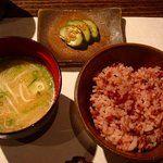 まさゆめさかゆめ - 料理写真:ご飯・汁物・香の物:古代米でした♪