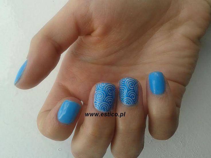 blue nails, nails stamping