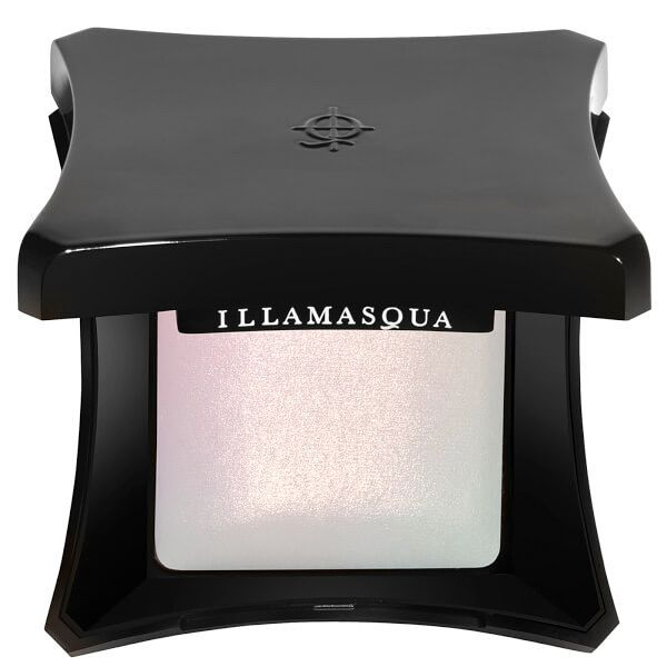 +++NEW+++ . . Pic 2 @yourstylishself 💝 . . Illamasqua dropped a brand new Beyond Powder Highlighter! . DAZE 🌸 ✨ . . Launchdate 🔜 02/28 Shop 🛍 @illamasqua . Coming soon to other Retailers ! . . HIGHLIGHTER ✨ Beyond Powder in DAZE Pearly Creamy White Highlighter has a unique opal pink undertone. The baked highlighting powder have alightweight texture add beautiful and healthy glow to your skin for an iridescent shine and silky finish. 7 g / 0.24oz . . Get a soft Highlighting brush ($26€)…