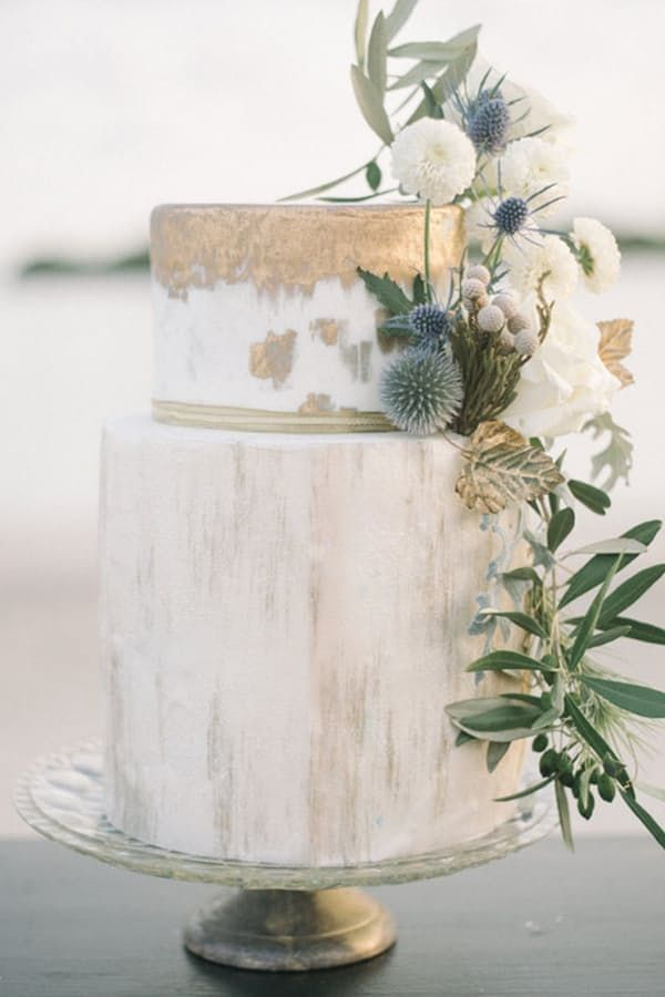 Watercolor Cakes Are the Next Big Wedding Trend via @PureWow - METALLIC WEDDING CAKE (=)