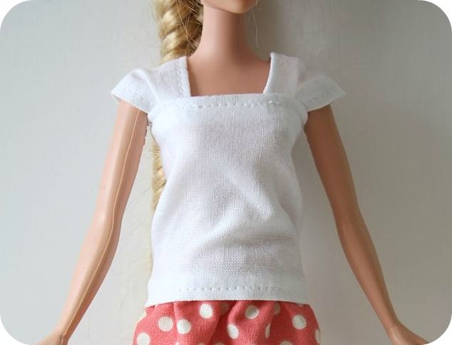barbie cap sleeve shirt tutorial  LOTS OF PICS... I THINK IM JUST GOING TO HAND SEW THESE...