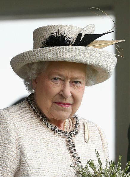 Queen Elizabeth, the Duke of Edinburgh and the Prince of Wales attended the Braemar Games today in Scotland. For this traditional Scottish sporting event, The Queen repeated her cream and gold spl...