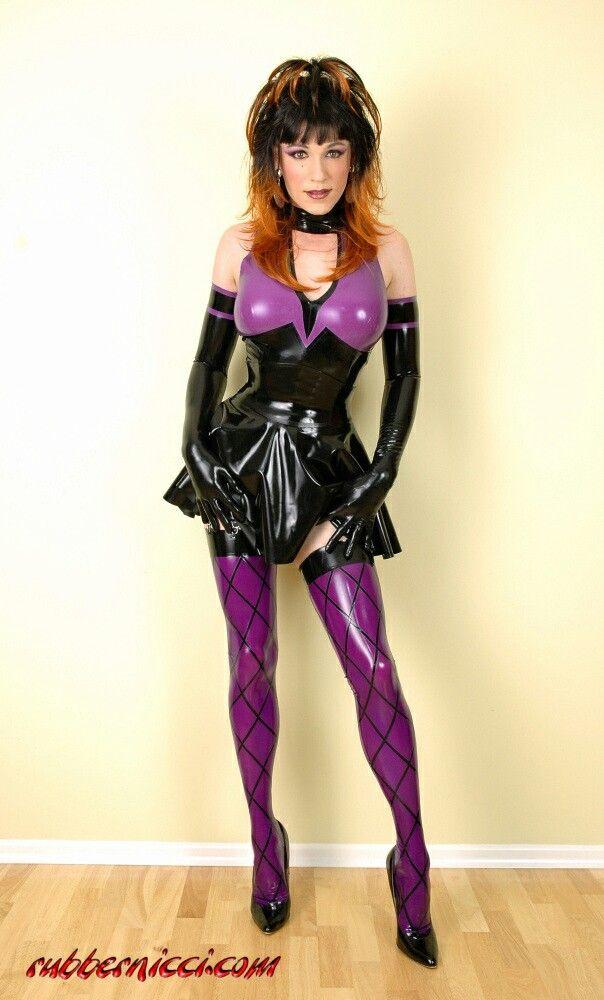 Latex Transvestite 104