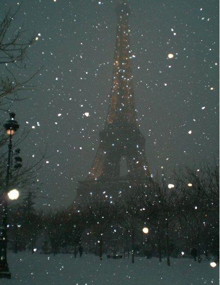 Eiffel Tower in winter's snow