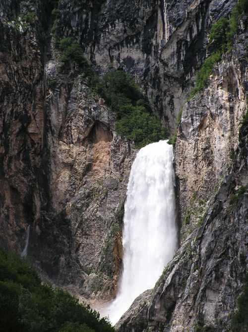 Boka Falls, Slovenia - I sat up there!
