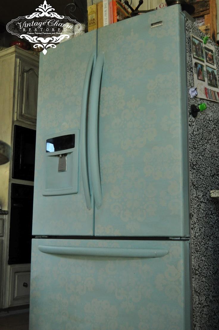 A Painted Fridge? You did What??: Decor Ideas, Chalk Paintings Fridge, Refrigerators Makeovers, Kitchens Ideas, Craie Paintings, White House, Kitchens Help, Painted Fridge, Charms Restoration