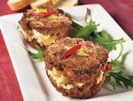 Mini-pains de viande aux pommes, au fromage de chèvre et à l'érable | Recettes IGA | Porc, Viande hachée, Recette facile
