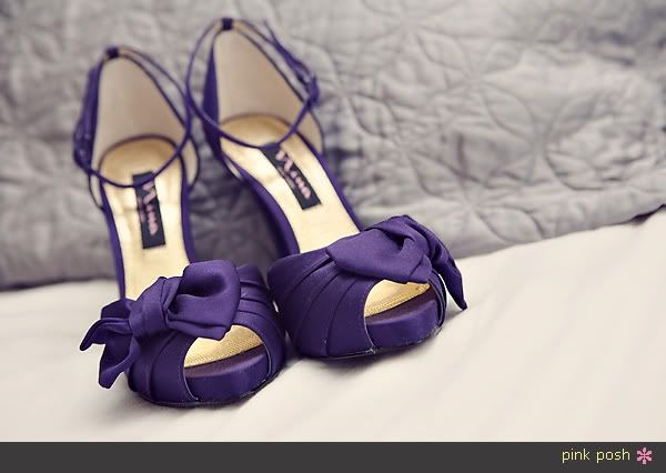 find this pin and more on zapatos novia prpura cute bow on these purple heels