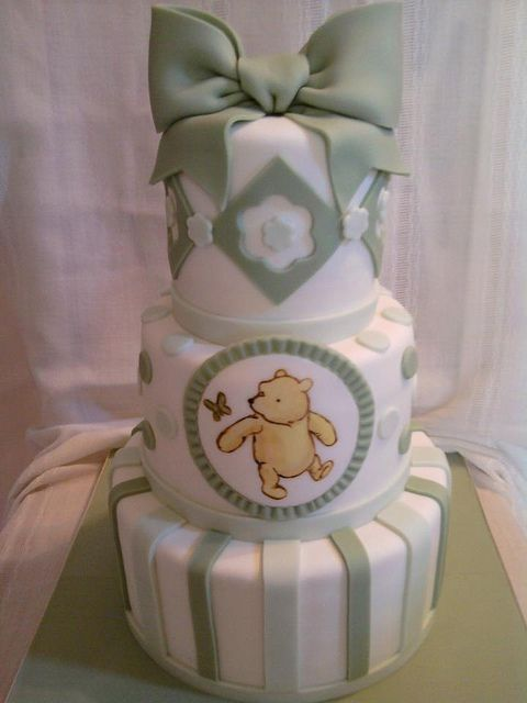 classic pooh by Sugar Dreams Cakes and Things, via Flickr