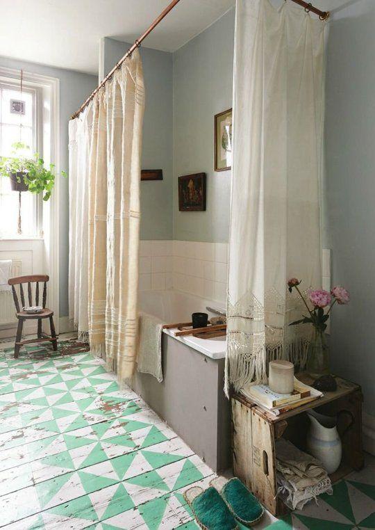 Badezimmer Renovierungsideen: bunte Fliesen