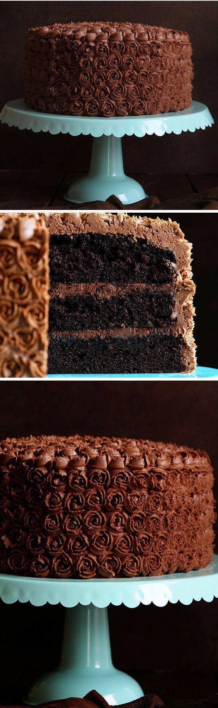 Mini Rosettes on a Chocolate Cake with Chocolate Coffee Buttercream!