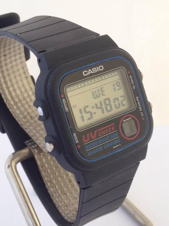 montre watch retro casio vintage digital watch watch uv 100 uv100 retro 01 fr montres en 2019. Black Bedroom Furniture Sets. Home Design Ideas