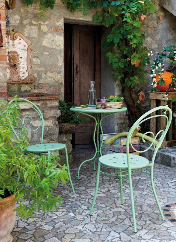 dcoration de jardin chaises de jardin et table en fer forg vert clair