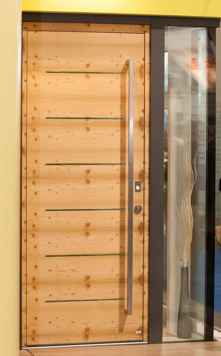Jankó Kft - Minőségi fa nyílászárók – ajtók, ablakok » Bejárati ajtók