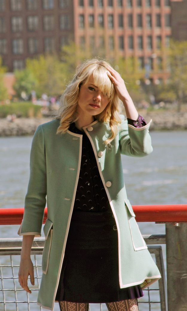 She's too close to the bridge! Get away from there! | New Photos Show Emma Stone In Gwen Stacy's Infamous Green Coat
