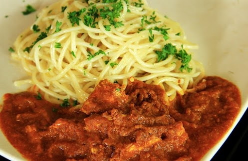 #food : #spaghetti with #curry sauce