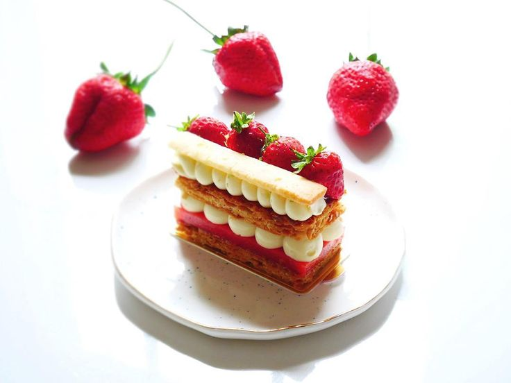 Millefeuille Fraise CocoCaramelised Inverse puff pastry, strawberry jelly, coconut crème pat, baby and coconut shortbread. Inspired by @fauchon_paris Millefeuille Framboise Coco. #homemade #homebaked #patisserie #frenchpastry #millefeuille #foodphotography #feedfeed #f52grams #instafood #coconut #dessert #pastry #fraise #instadessert #dessertporn #strawberry #jelly #shortbread