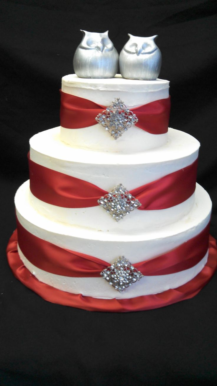 red and silver wedding cake best 25 wedding cakes ideas on white 19087