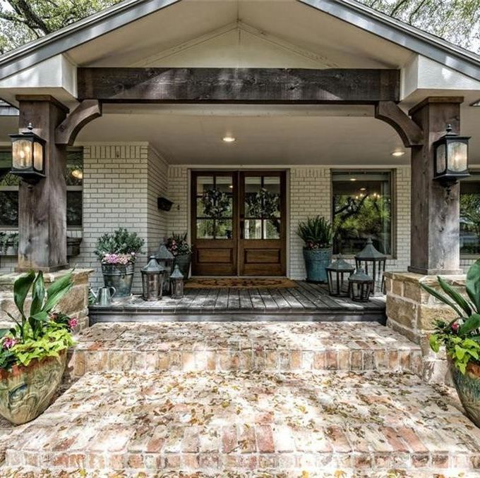 """The """"Asian Ranch House"""" from 'Fixer Upper' Just Got About $90,000 Cheaper"""