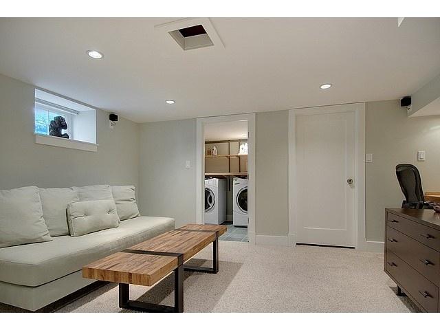 23 besten basement b ro bilder auf pinterest wandfarben wandfarbe farbt ne und farbpaletten. Black Bedroom Furniture Sets. Home Design Ideas