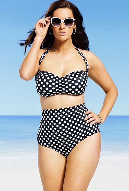 "The caption said ""plus size"", but really?  REALLY?  Seriously?  Come on, now.  We all know that this is a regular sized woman and she's wearing the hell outta that bikini!!  Want!"