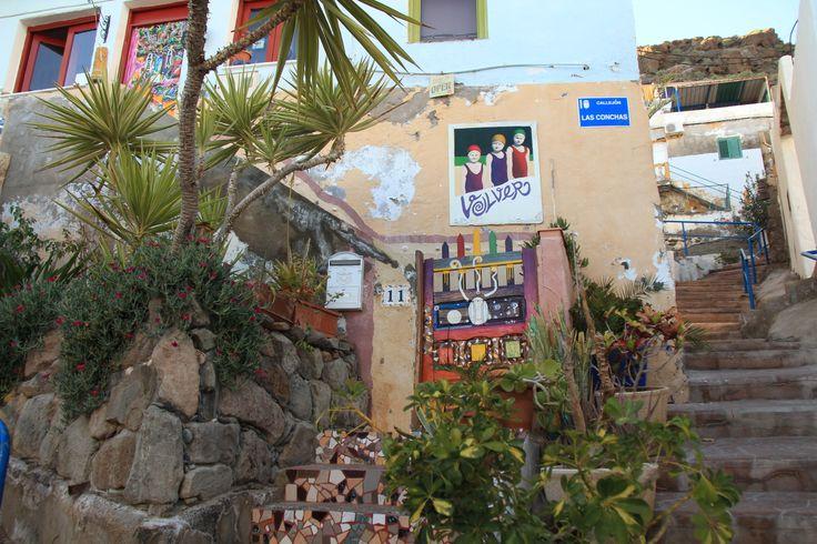 Another hostel, very artistic Volver in Puerto de Mogan!