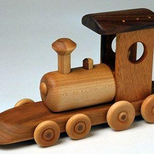 Brinquedos de madeira on http://www.kiiweb.com