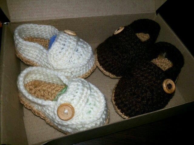 Lindos mocacines para bebe!!.....entregados ayer!!!!