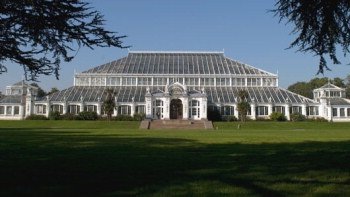 Kew Gardens...in the days when it cost a couple of pence admission I'd travel almost the length of the District Line to find some trees and revise anatomy. Happy days!
