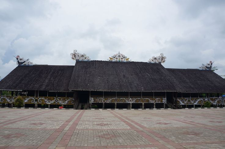 Rumah Lamin - desa budaya pampang  #samarinda