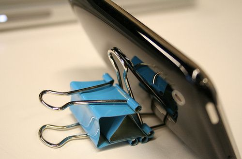 6 Other Awesome Uses for Binder Clips