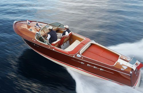 Riva Aquarama.  That's sending a message.  The message being that you have equal parts good taste and Euros.