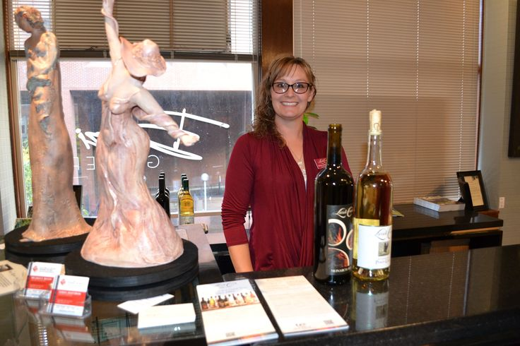 While you are shopping in downtown Spokane, stop by our new tasting room just above the Olive Garden Restaurant. Now you can sip wine and shop for art at the same time! We have joined forces with Bozzi Collection art … Continued #wine #wawine #spokane #winetasting