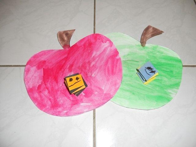 jablíčka a červík