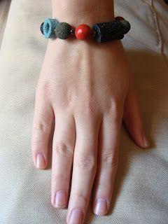 foto hand made jewels  Φωτεινή Μάμαλη: Βραχιόλι με πολύχρωμες λάβες και κοράλι   Επικοινωνία fotinimamali@yahoo.gr