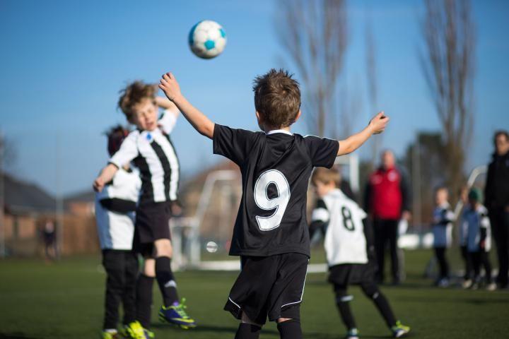 Κάνοντας το διαιτητή στους παιδικούς καυγάδες: Πότε και πως παρεμβαίνουμε;