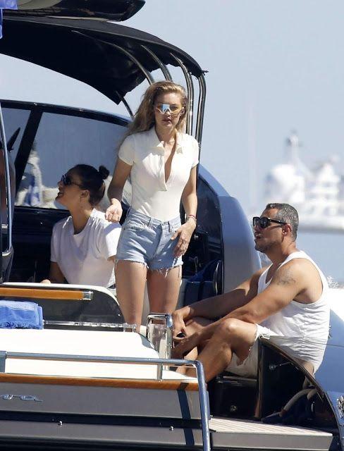 c8a16eaf1207 Gigi Hadid in Pink Bikini on a boat in Mykonos - Indian Models ...