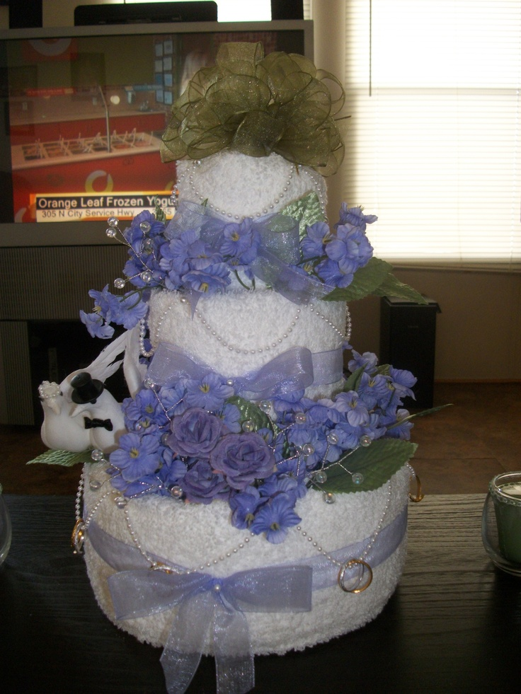 how to get a wedding cake in acnl 11 best purple and green towel cake with lights images on 15729