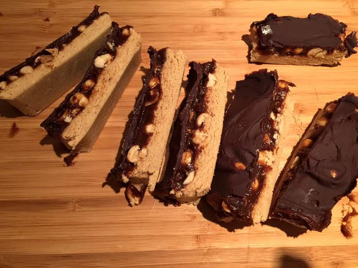 Exercise/sports nutrition food heaven!  Protein Snickers packed with enough protein and YES those all important carbs for after exercise…..Simple to make, and even easier to devour.