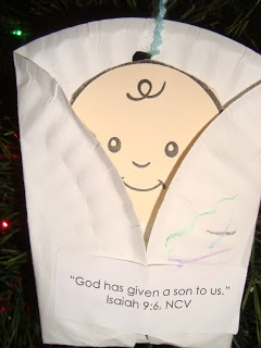 "Lesson 2 Jesus is Born:  Luke 2 - use paper plate to wrap up baby Jesus picture and ""seal"" with Bible verse label ""God gave his only Son."" John 3:16"