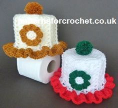 Free crochet pattern for frilled toilet roll cover http://www.patternsforcrochet.co.uk/frilled-toilet-roll-cover-usa.html #patternsforcrochet